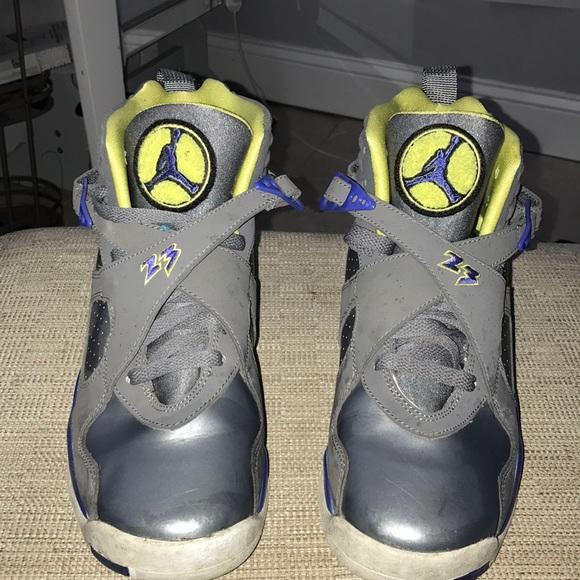 huge selection of 7ea01 90011 Nike Air Jordan 8 Retro GS grey electric yellow